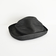 mature ha. BOXED HAT 104 black×black