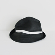 mature ha. BOXED HAT 104 black×white