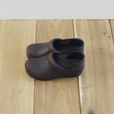 DANSKO PROFESSIONAL OILED Antique Brown 37