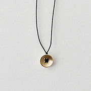 Toile K10YE Button Necklace BLACK