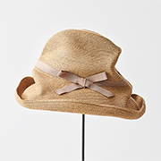 mature ha. BOXED HAT 101 grosgrain pink beige