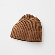 mature ha. slant cutting knit cap lamb camel