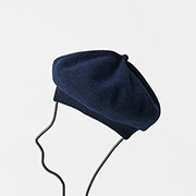 mature ha. beret top gather rib navy