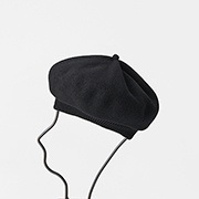mature ha. beret top gather rib black